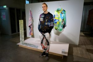 Olle Lundin explores how a queer perspective can be used to change the experience of visiting a museum. He has created clothes as a tour guide.