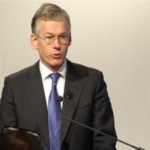 Philips' third quarter profit rises