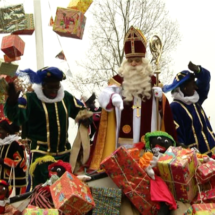 'Sinterklaas should arrive by boat'